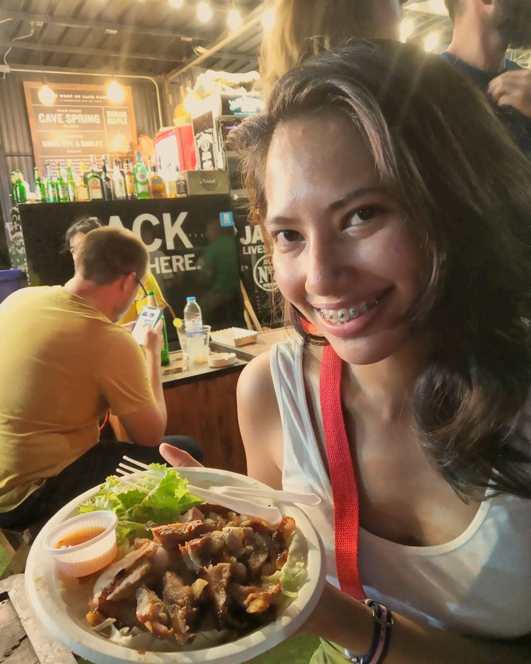 Eating crocodile meat in Thailand - Ummi Goes Where?