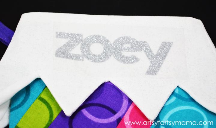 DIY Personalized Christmas Stockings at artsyfartsymama.com #Christmas #Cricut