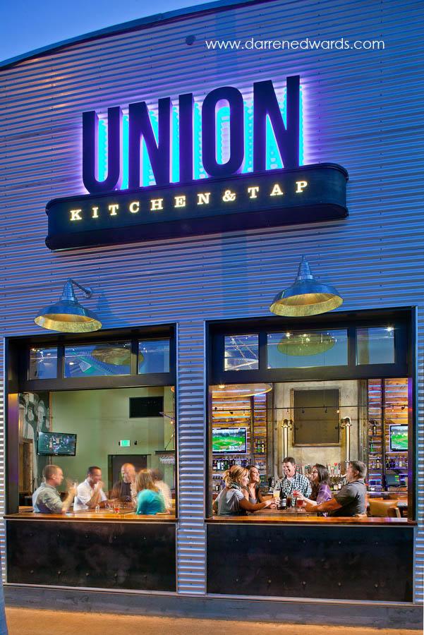High End Restaurant Kitchen In Action