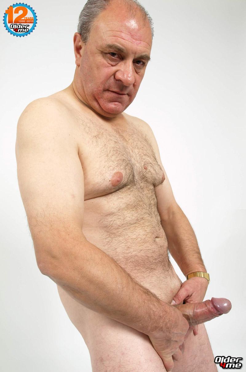 Naked masturbates in city center 10