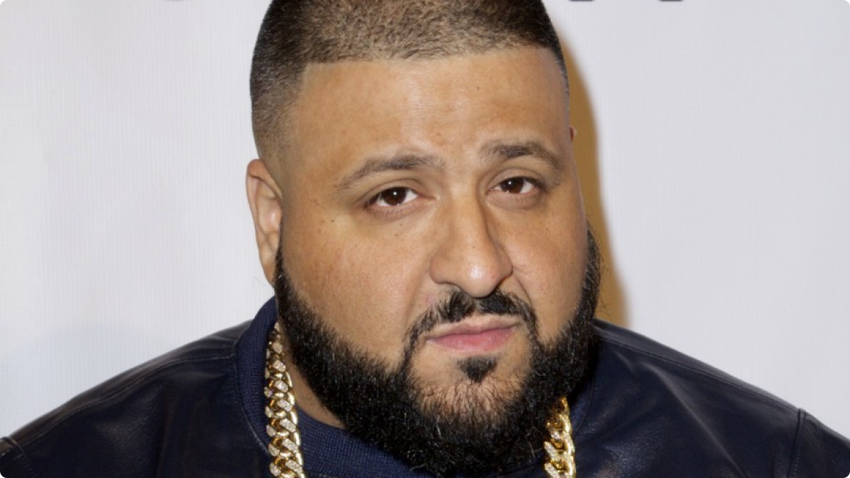 DJ Khaled Walked Onto Stage And Was Shortly Booed Off Neither Did The Sound System Cooperate With Him Nor Fans Crowd Heard Chanting