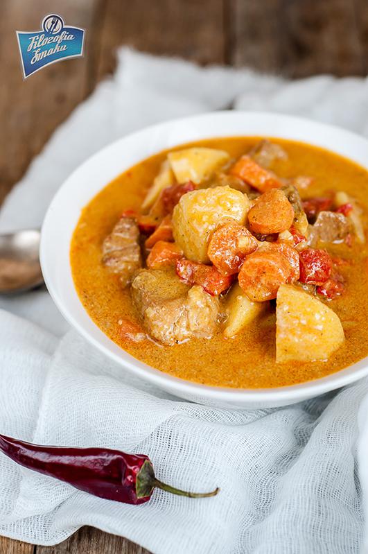 curry z wieprzowiną