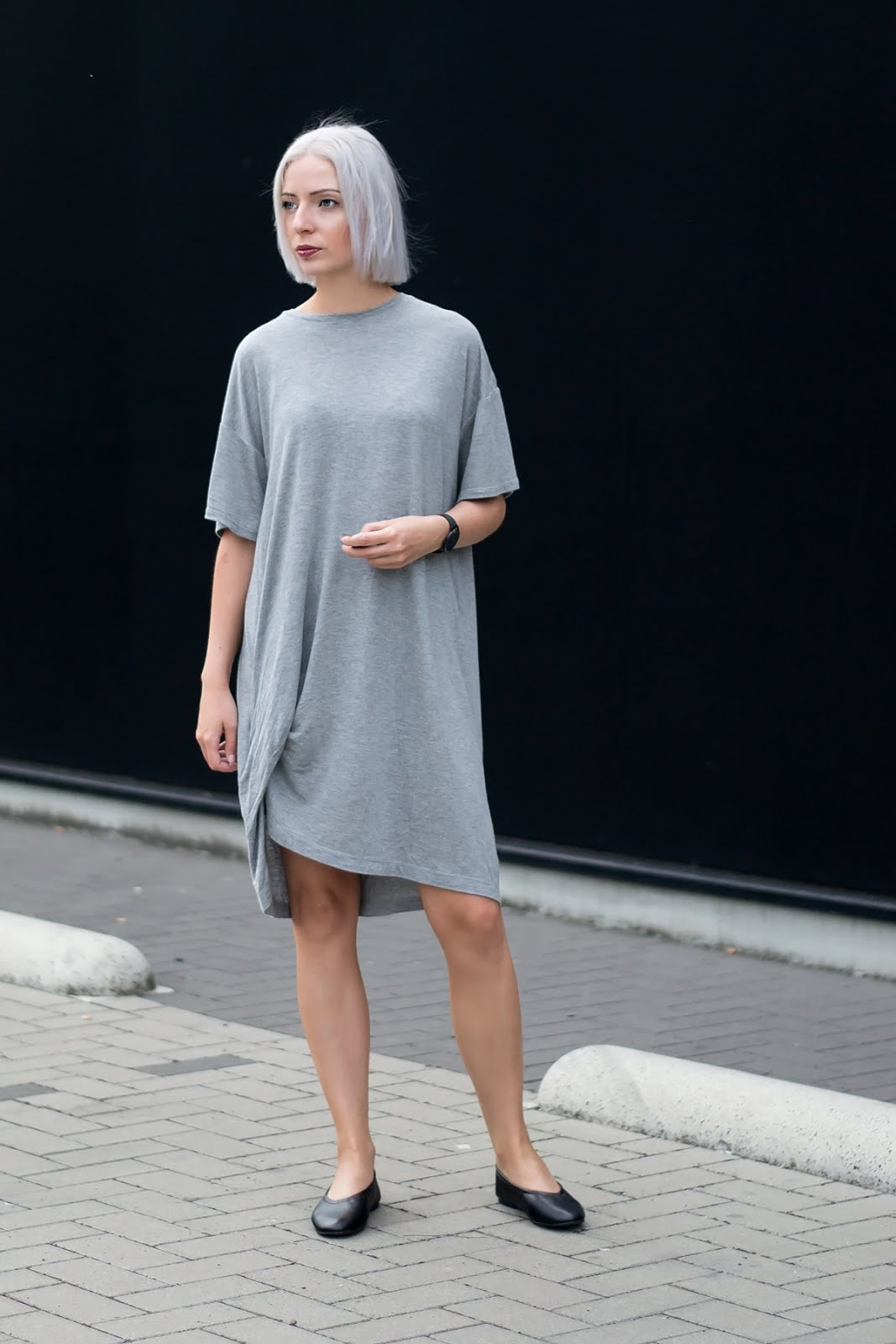 Weekday bryn t-shirt dress, oversized, flattered flats, minimalist, outfit, ss17, grey hair
