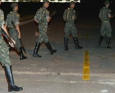 soldados dragões guarda palacio ocupação movimentos golpe