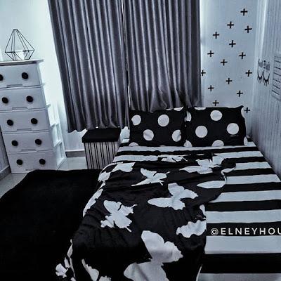 Cat kamar hitam putih minimalis