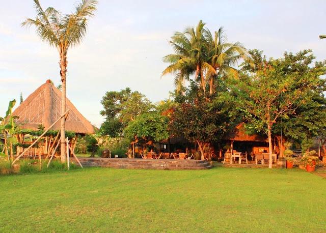 Tempat Wisata Kuliner di Bali yaitu Warung D'Sawah