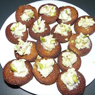 https://danslacuisinedhilary.blogspot.com/2012/06/cupcake-la-pistache-pistachio-cupcake.html