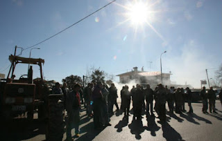 «Οι πόλεις θα ζήσουν πρωτόγνωρες καταστάσεις» προειδοποιούν οι αγρότες