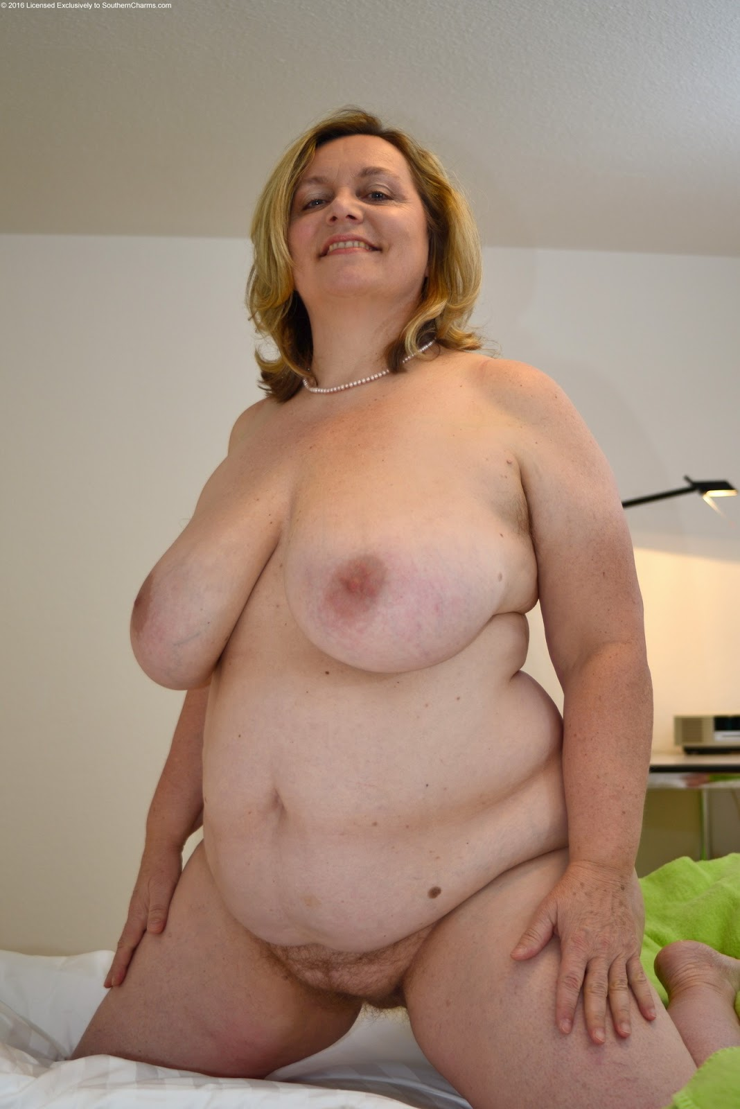 Hot mature ladies com