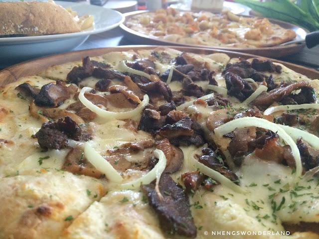 Steak & Cheese Pizza - Eddieboy's Kitchen