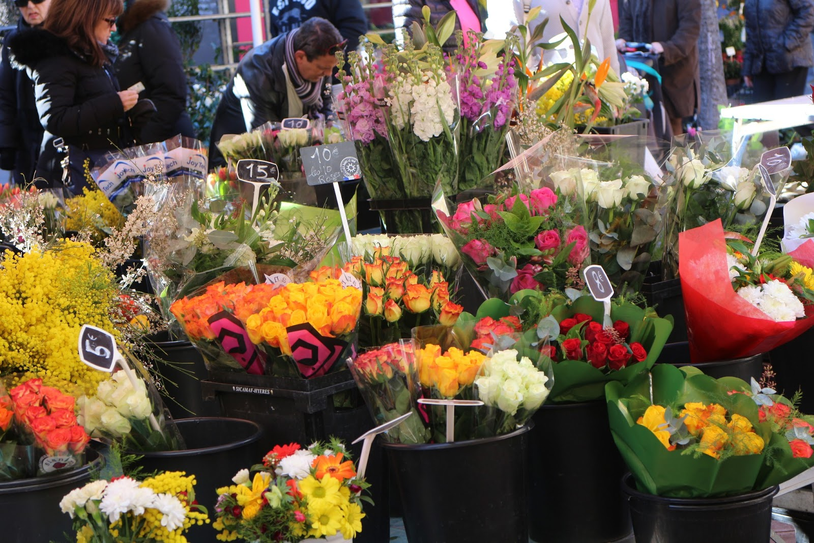 Flowers online 2018 affordable bouquets singapore flowers online affordable bouquets singapore these flowers are very beautiful here we offer a collection of beautiful cute charming funny and unique flower images izmirmasajfo