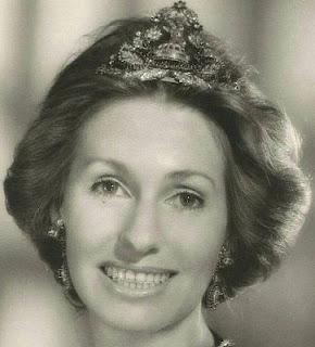 queen geraldine albania sapphire diamond tiara ram goat princess susan