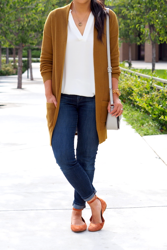 Jeans + Flats + White Blouse + Long Cardigan