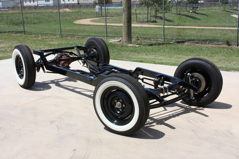 VAPHEAD: Double Z\'d chassis,whitewalls