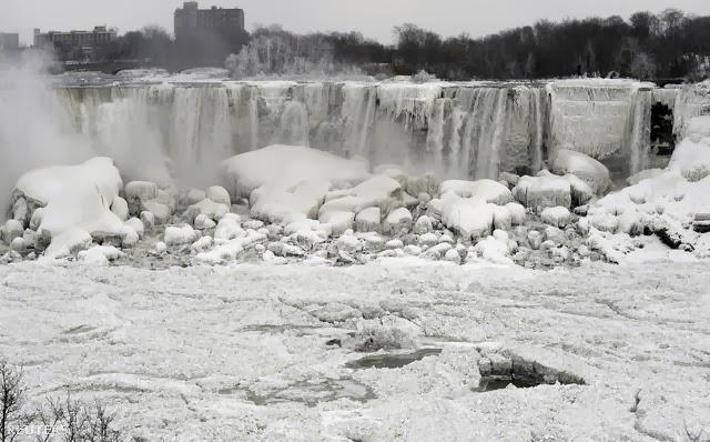 Befagyott a Niagara-vízesés egy része is