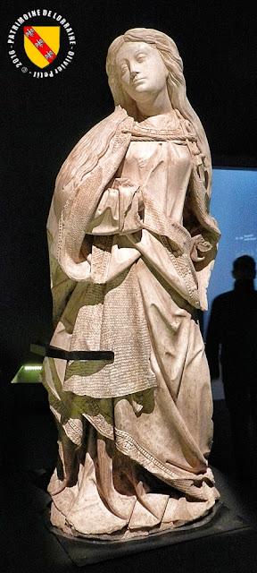 NANCY (54) - Musée lorrain : Statues de l'Archange Gabriel et la Vierge Marie (1er quart du XVIe siècle)