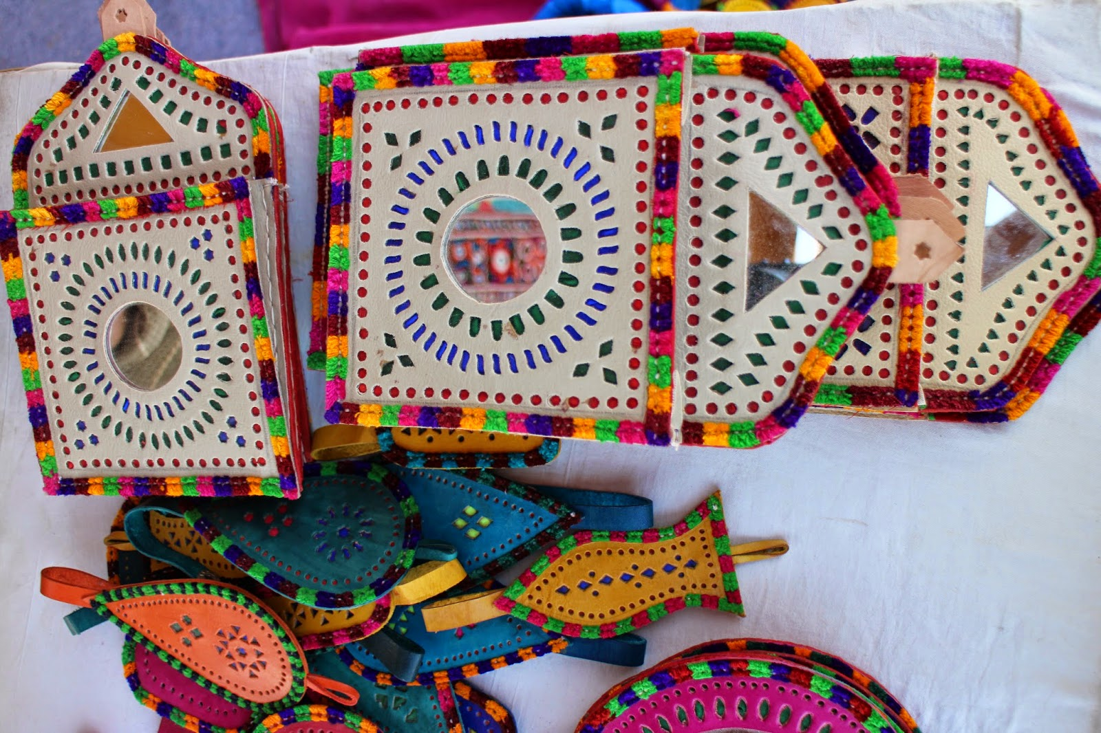 Rann Utsav, Rann of Kutch, Kutch, Gujarat, Gujarat Tourism, Handicraft, Kutch Handicraft, leather work