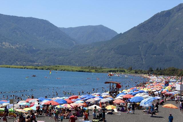 Playa Grande em Pucón, Chile