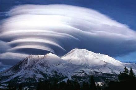 Shasta-hegy - Út a Belső Földbe