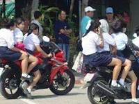 Salah Satu Bobroknya Moral Pelajar ada pada Penggunaan Sepeda Motor?