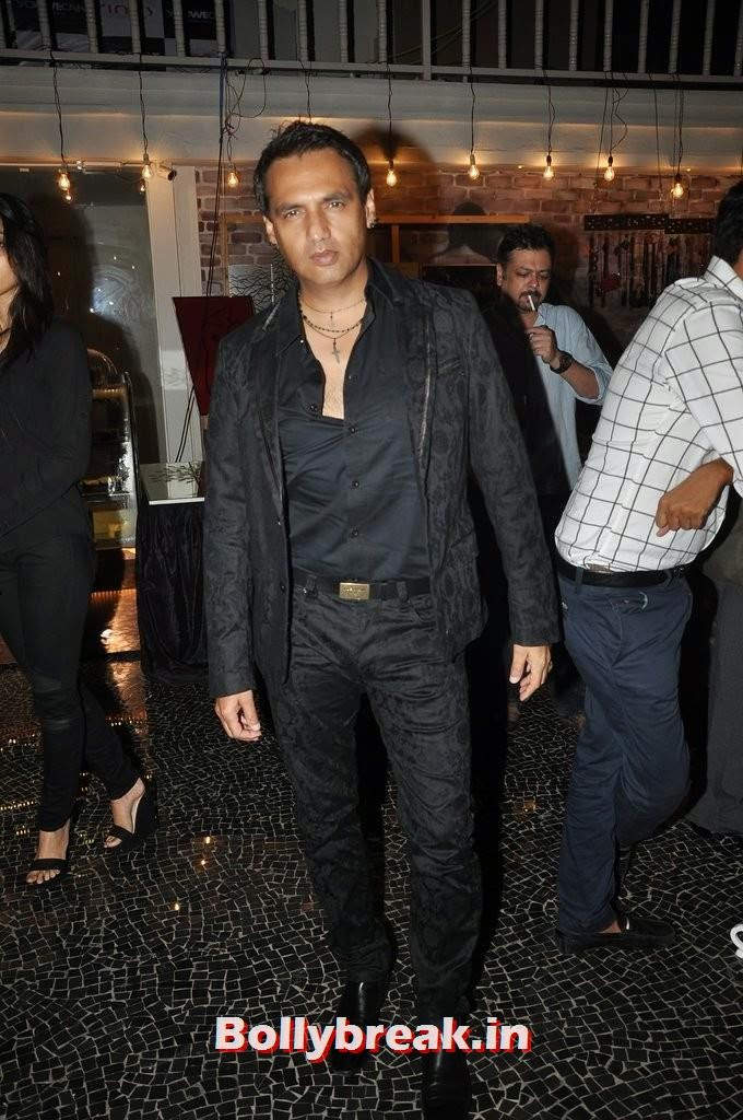 Marc Robinson, Gauahar Khan, Kushal Tandon, Sonal Chauhan & Karishma Tanna Snapped at Nitya Bajaj Fashion Show