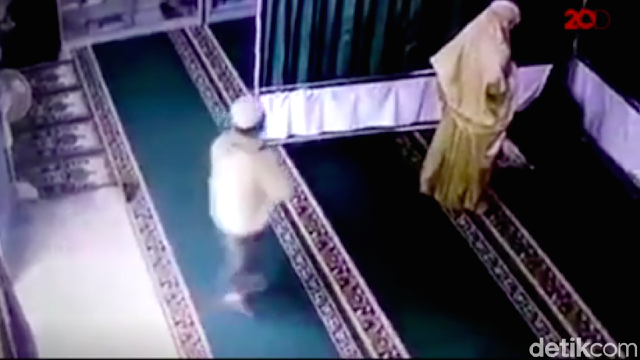 Polri Buat Tim Gabungan Buru Pemukul Perempuan sedang Salat di Masjid