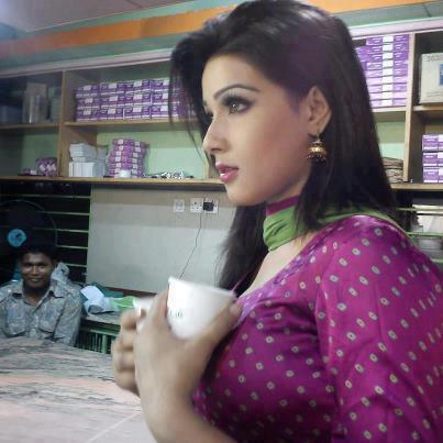 desi aunty remove salwar