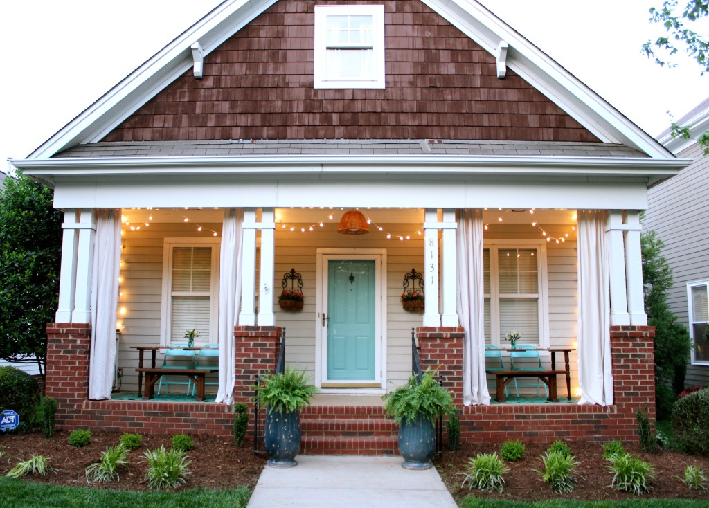 Best of the nest may features dimples and tangles - Porches de casas ...