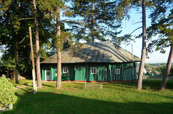 Великосілля, Герцаївський район, Чернівецька область. Церква Різдва. 1762 р.