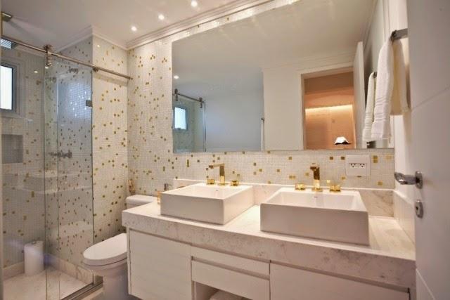 Banheiros com pastilhas  37 modelos decorados  Decor Alternati -> Banheiros Modernos Com Hidro