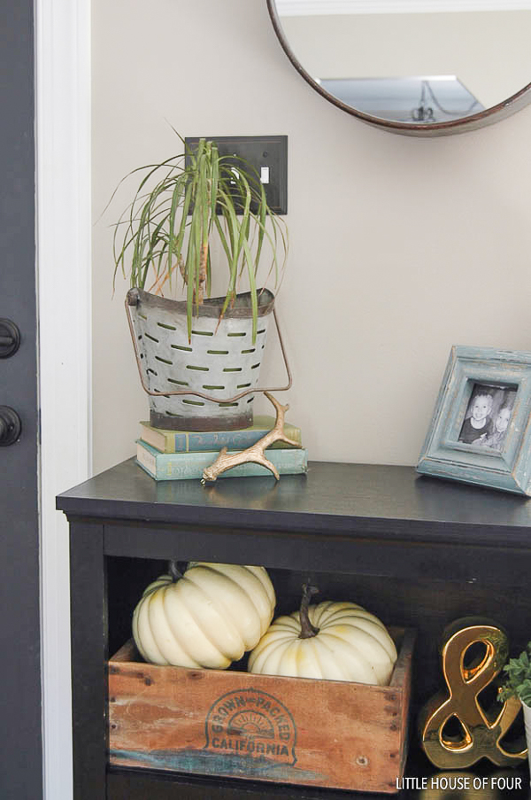 Fall decorated entryway table