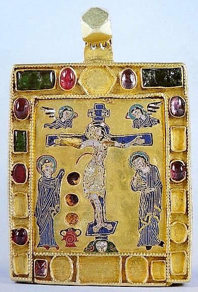 Βυζαντινό εγκόλπιο με αίμα Χριστού; http://leipsanothiki.blogspot.be/