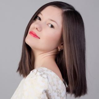 Model Rambut Sebahu Lurus