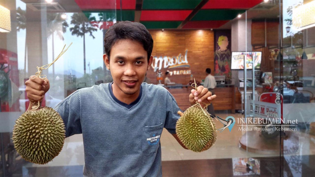 """Akhir Bulan, Ada Promo Menarik """"Mbelenger Durian"""" di Meotel Kebumen"""
