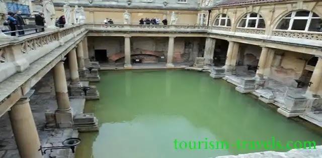 الحمامات الرومانية