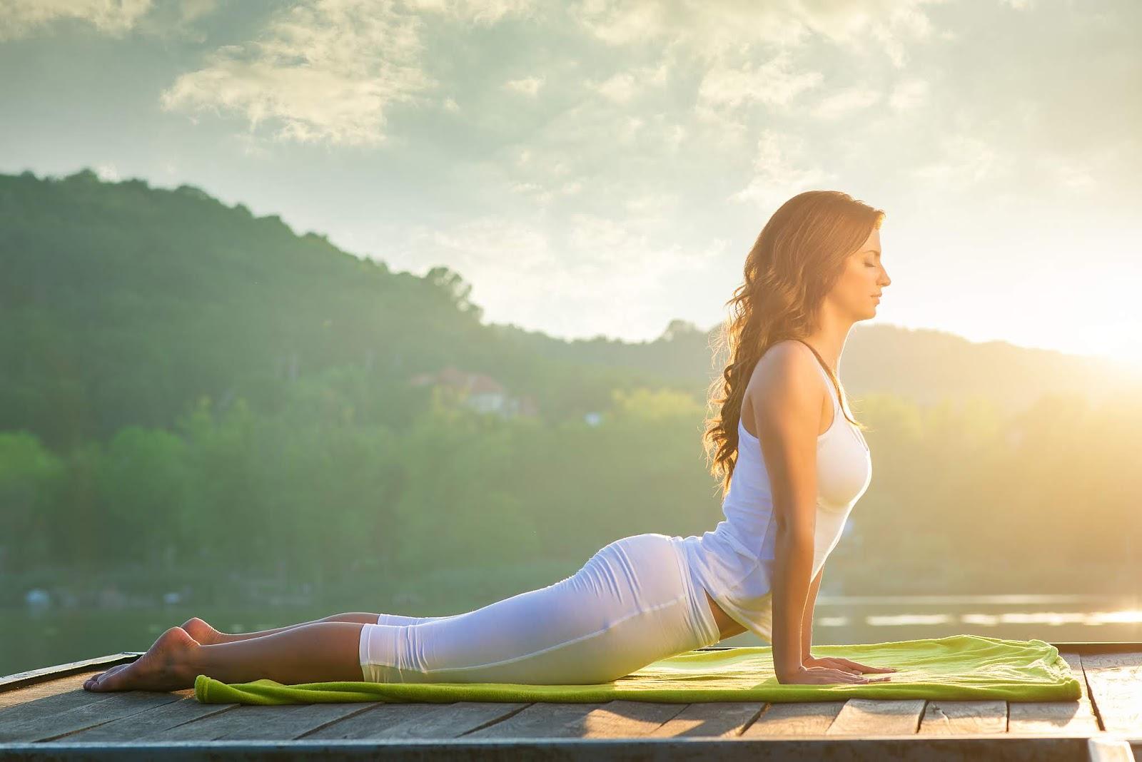 Entspannende Yoga übungen