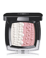 http://click.linksynergy.com/fs-bin/click?id=xoumn9bTPAk&subid=0&offerid=241861.1&type=10&tmpid=9288&RD_PARM1=http%3A%2F%2Fwww1.bloomingdales.com%2Fshop%2Fproduct%2Fchanel-perles-et-fantaisies-illuminating-powder-les-sautoirs-de-coco-collection%3FID%3D1627256%2526CategoryID%3D1000926