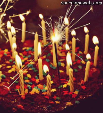 Bolo de aniversário - Sorriso na Web