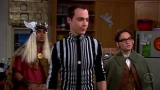 I never really understood Sheldon s Doppler Effect Halloween costume. What  is that dot in the center and why do the widths of the lines change the way  they ... ea1b9a583e33