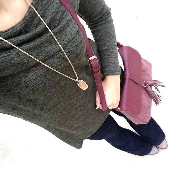 tassel crossbody bag, kendra scott necklace, flared jeans