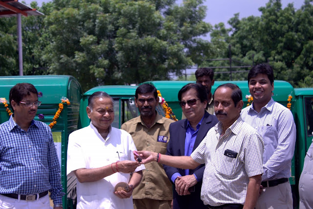 Dhanuka Agritech donates 5 Vans to Akshaya Patra Foundation