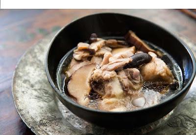 Stewed Sweet Herbal Chicken Soup (Gà Hầm Thuốc Bắc) -  good healthy food