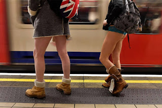 No Pants Metro Ride, No Pants Metro Ride PHOTOS, No Pants Metro Ride NUDE PHOTOS, No Pants Metro Ride in england, No Pants Metro Ride in newyork, kişisel,