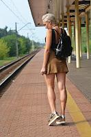 http://www.karyn.pl/2016/09/czarny-lakierowany-plecak.html