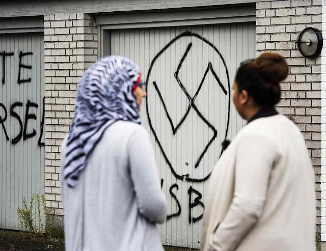 Dinamarca atritos raciais e ideológicos com os imigrantes romperam a paz social.