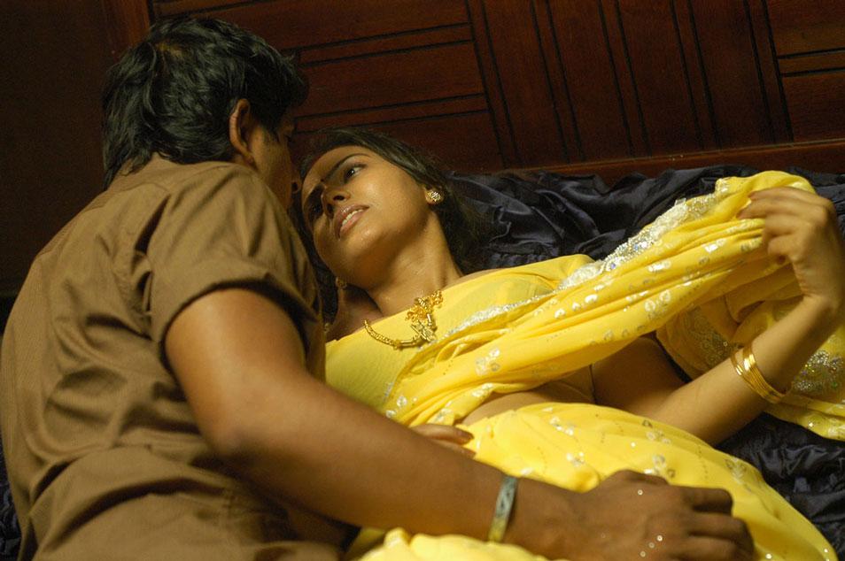 Tamil Movie Mayanginen Thayanginen Hot Stills Beautiful -6515