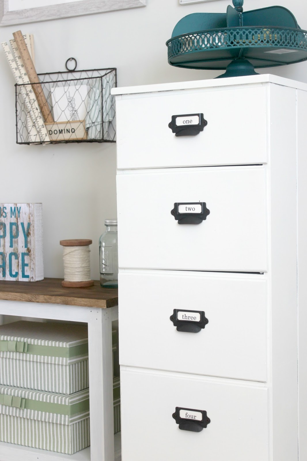 DIY Farmhouse Cabinet