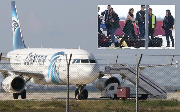 Destroços do EgyptAir são encontrados perto de ilha, na Grécia