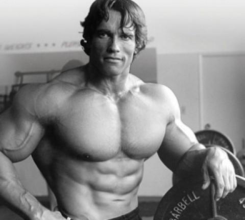 Arnold Schwarzenegger en su época de culturista
