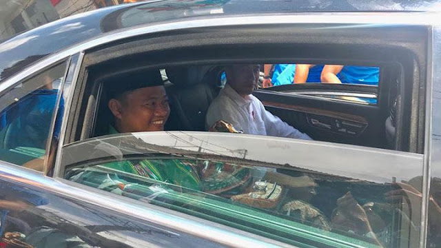 Kunjungan ke Jawa Barat, Jokowi Semobil dengan Uu Ruzhanul Ulum